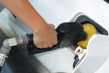 Operação verifica também quantidade de álcool na gasolina nos postos da cidade