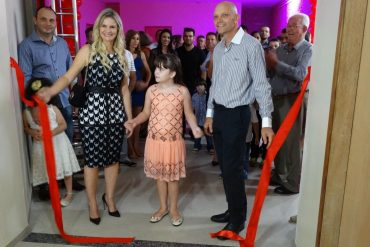 Grande inauguração da primeira escola bilíngue de Rio Verde aconteceu na noite desta terça, 7