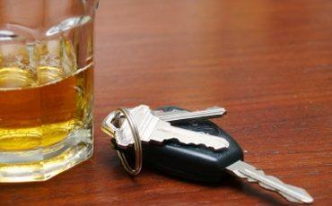 bebida-e-chave-de-carro