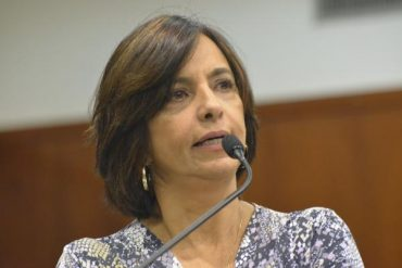 Isaura Lemos: presidente da Comissão de Habitação, Reforma Agrária e Urbana da Assembleia Legislativa (Foto: Marcos Kennedy)