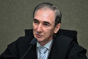 Desembargador Zacarias Coelho (foto) indeferiu pedido de liminar em mandado de segurança impetrado pelo deputado estadual Major Araújo (Foto: TJ-GO)