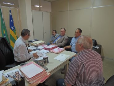 Diretor do Fórum, o juiiz Wagner Gomes Pereira recebeu os representantes da entidade (Foto: SRRV)