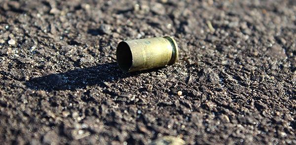 Vítima foi morta com seis tiros à queima roupa