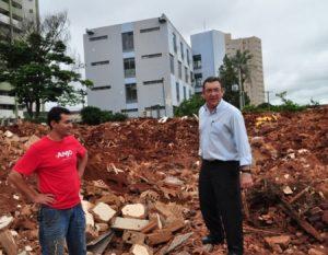 Demolida em 2012, obra deveria ter sido entregue no ano seguinte (Foto: Secretaria Municipal de Educação)