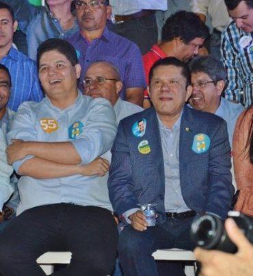 Heuler e Sandes no lançamento da candidatura em Rio Verde: suplente assume cadeira em Brasília