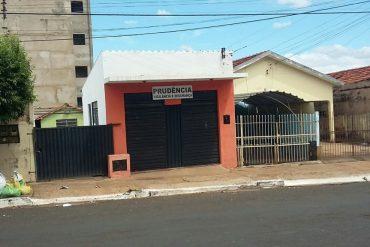 Fachada da empresa na rua Goiânia