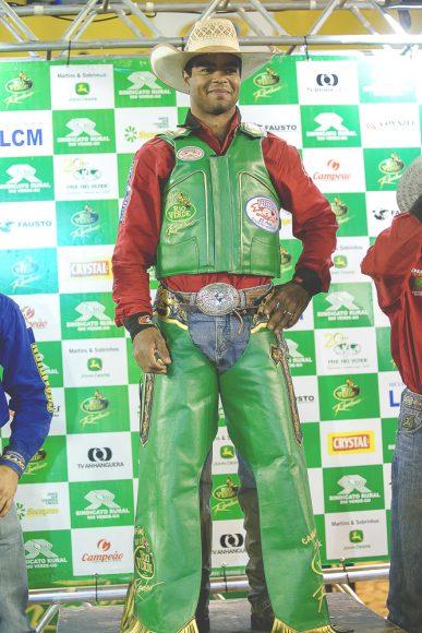 Paulista é o campeão do Melhor Rodeio em Touros do Brasil