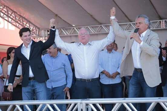 """Senador defendeu que o candidato da oposição """"para tirar Goiás dessa situação triste"""" será aquele que estiver melhor nas pesquisas"""